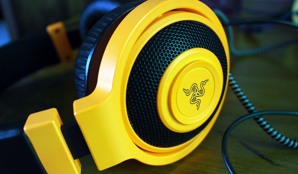 Yellow Razer gaming headset