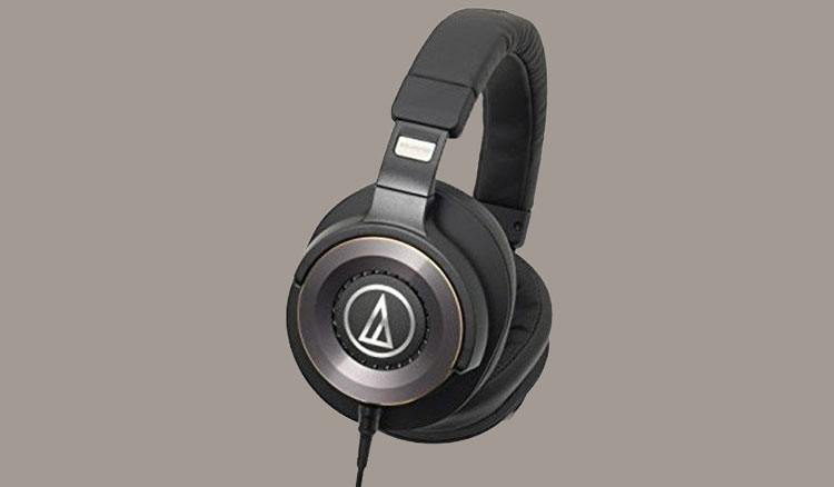 Audio Technica ATH WS1100iS Solid Bass