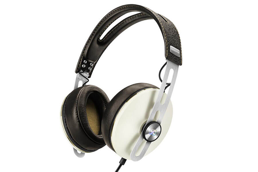 16 best wireless bluetooth headphones in 2017 on and over ear headphones. Black Bedroom Furniture Sets. Home Design Ideas