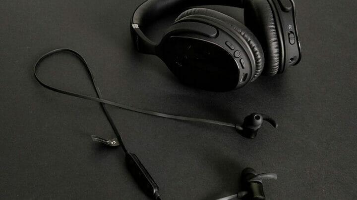 Best Bluetooth headphones under $50 guide