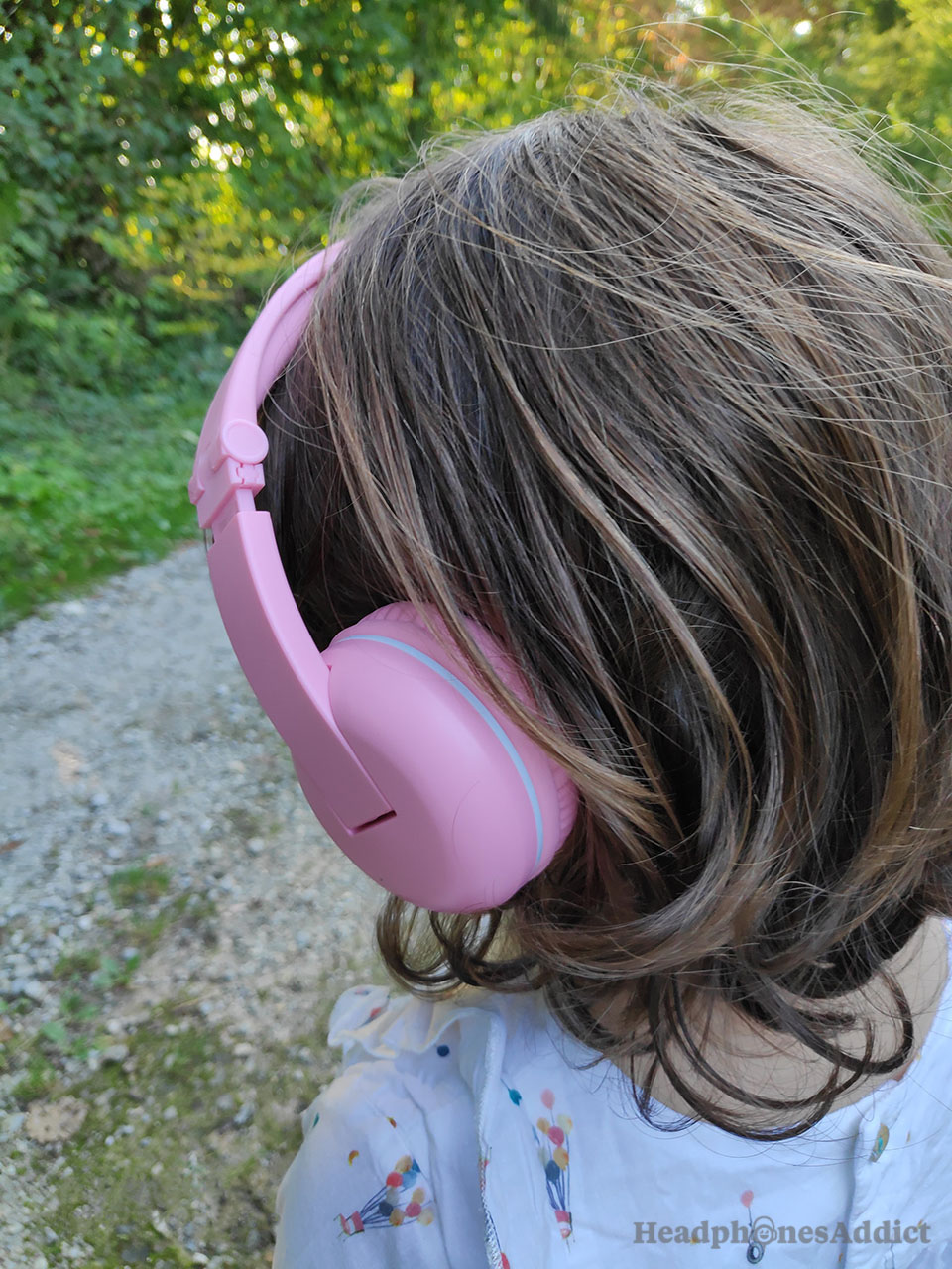 BuddyPhones Play kids headphones side