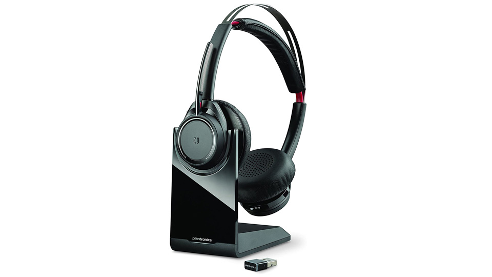 Plantronics Voyager Focus B825 wireless headset