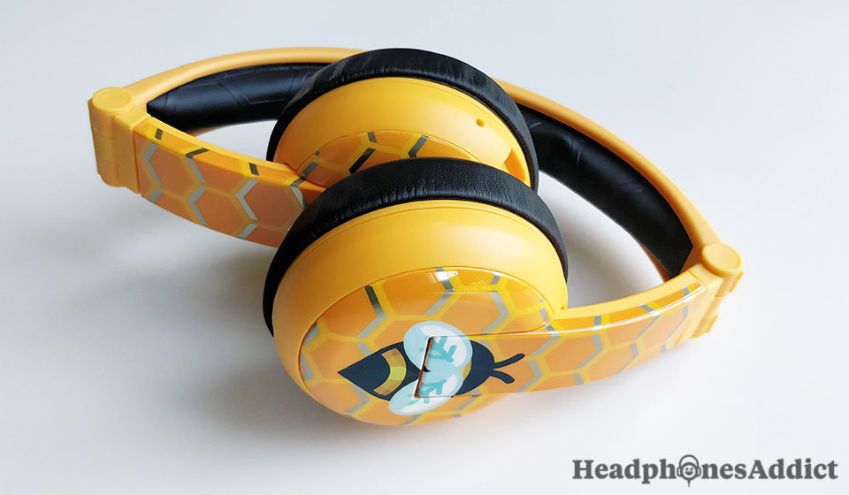 BuddyPhones Wave folded headphones