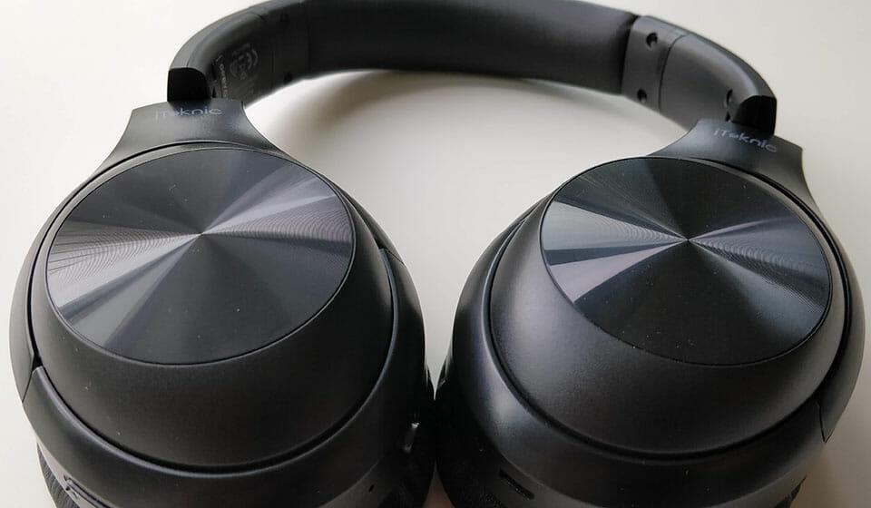 iTeknic ANC headphones earcups