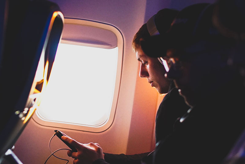 Best noise cancelling headphones under 100 guide