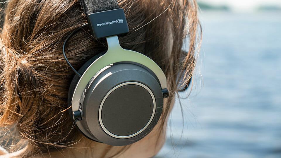 Beyerdynamic wireless headphones