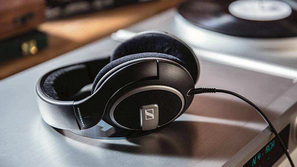 Sennheiser HD 559 wired headphones