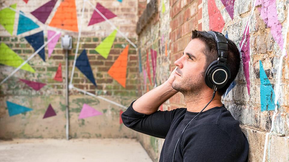 Headphone listening Audio-Technica