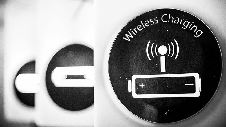 Wireless charging mat
